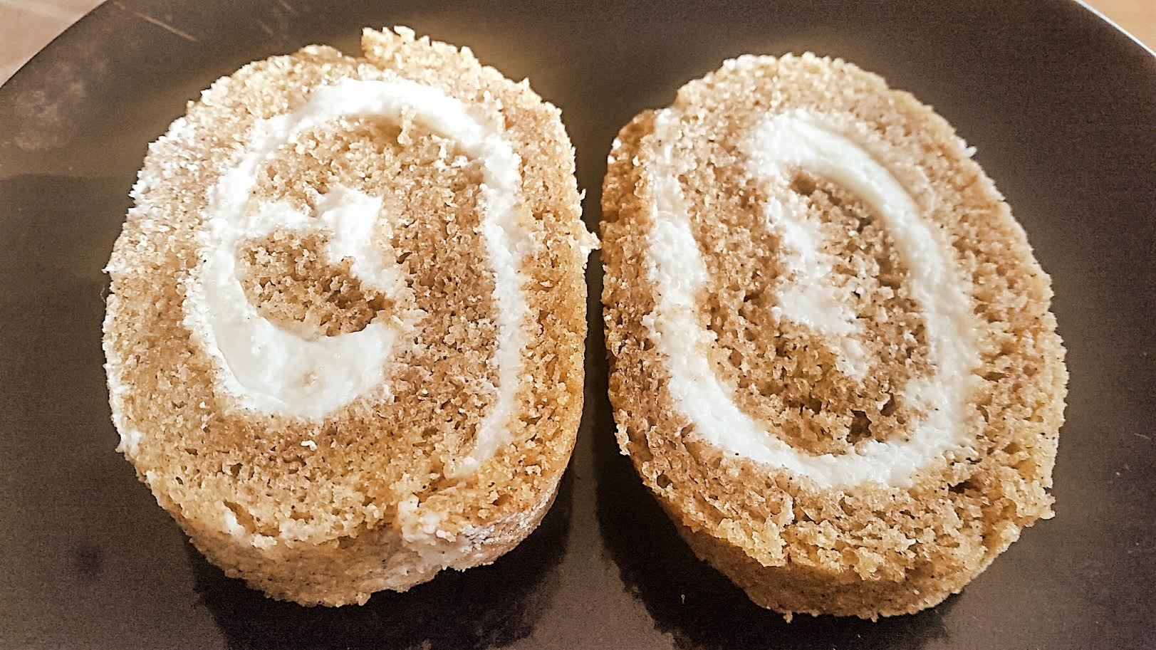 Pumpkin Jelly Roll Cake With Cream Cheese Filling